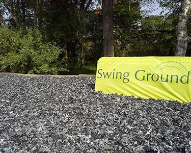 Swing Ground, publicité sur sol terminé
